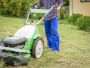 Richtiges-Vertikutieren-für-einen-schoenen-Rasen
