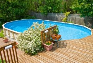 Das eigene Schwimmbad im Garten was muss ich beachten - Heimwerker ...